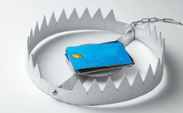 Don't Make the Same Credit Mistakes. Unsafe Credit Card Risk.